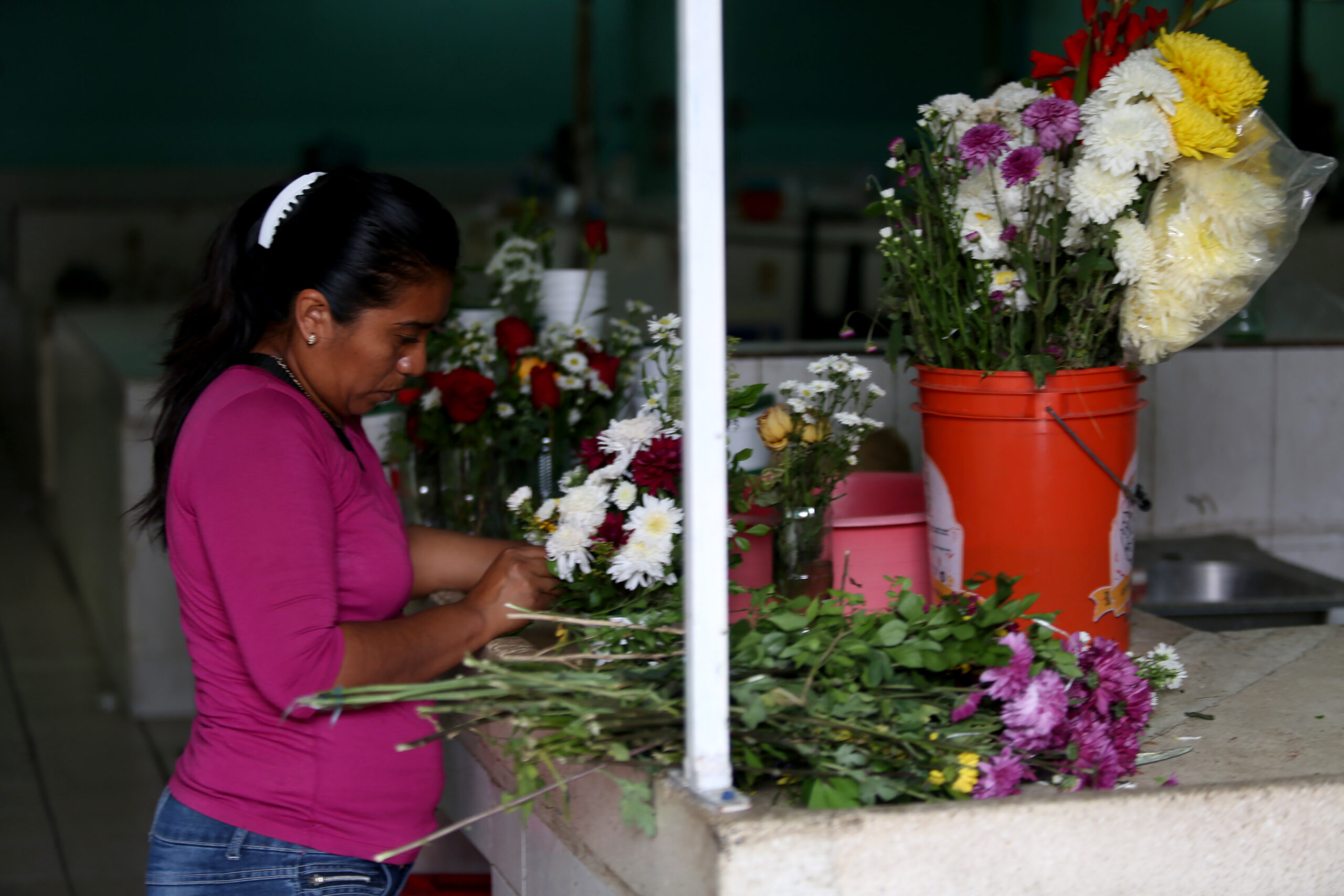 mujeres flores