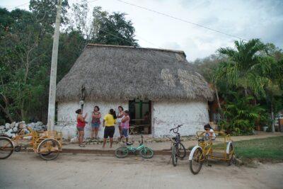 casita maya
