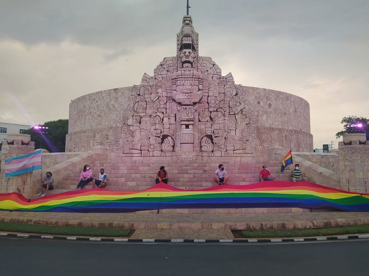 monumento gay