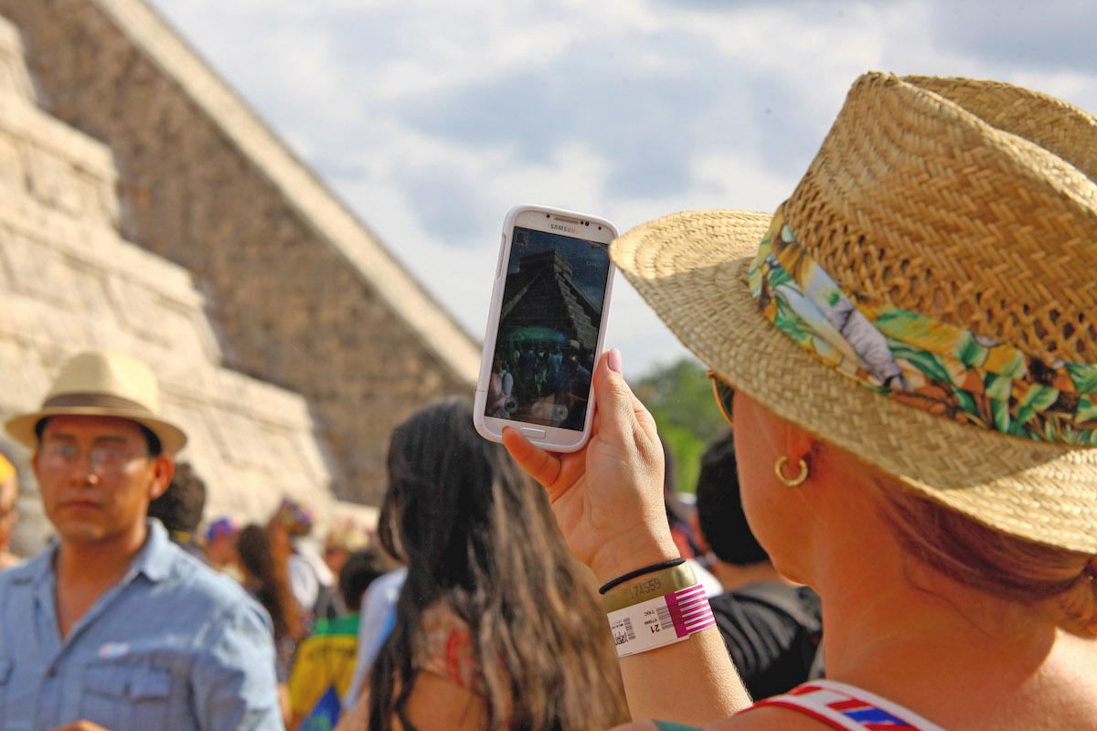 chichen equinoccio turista